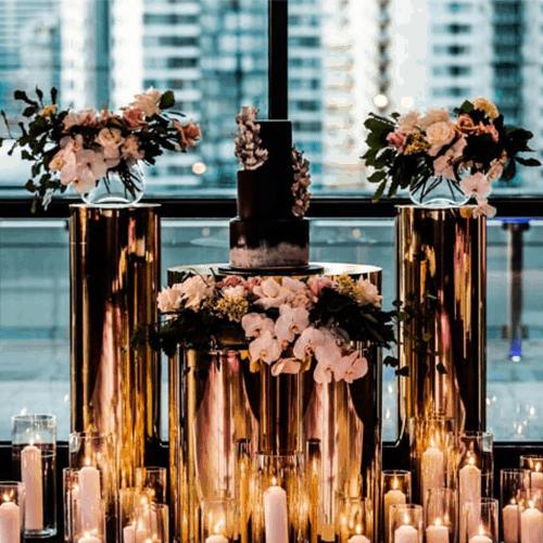 Mirrored Gold Plinths