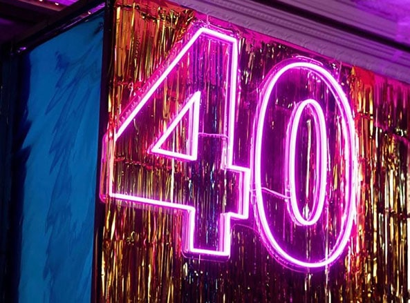 40 Sign2